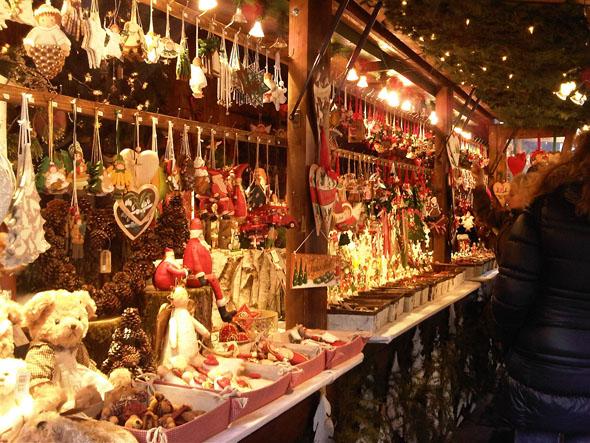 Italian Christmas traditions   Parlando Italiano