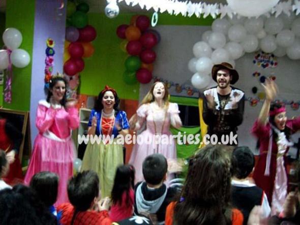 Italian children's enterteiners